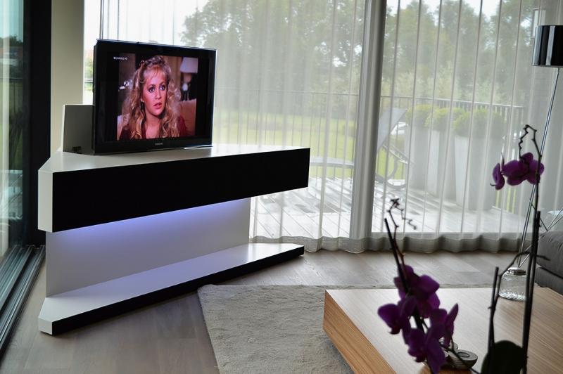 Tv En Audio Kast.Tv Kast Op Maat Bedrijf Artson Beeld En Klankarchitect Belgie